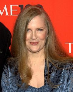 What religion Suzanne Collins have ?
