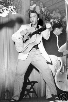 Who was Elvis ڈرمر when he started in 50's ?