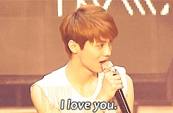 """""""I had a crush on Luhan from EXO M...at first sight"""" who said this?"""