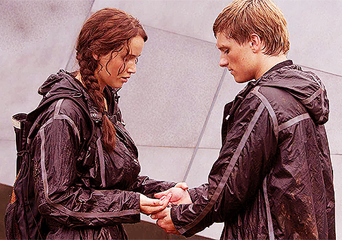 True または False? Peeta & Katniss both got a 12 as their training score in Catching Fire.