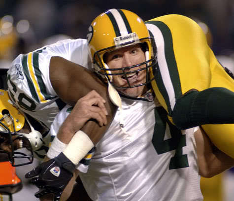 How Many Division Crowns did Favre earn during his 16 year Career with the Packers?