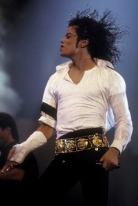 Which Songs performed Michael at the एमटीवी 10th Anniversary दिखाना 1991?
