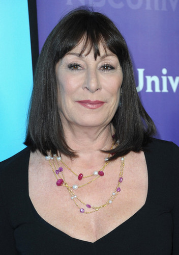 What character this woman voiced?
