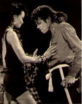 During his The Way आप Make Me Feel - Performance at the Grammys 1988 had Tatiana Thumbzten a short appearance?