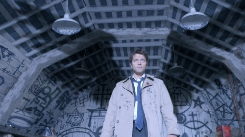 Who plays Castiel on Supenatural?