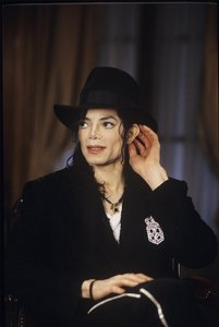 Which Journalist interviewed Michael 1997?