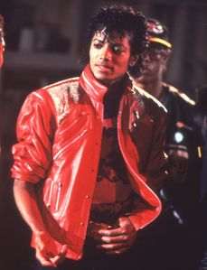 Who directed Michael´s Video Beat It in March 1983?