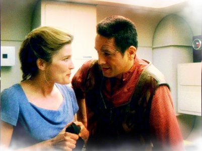 TRUE OR FALSE - In Resolutions' original script, Janeway kissed Chakotay