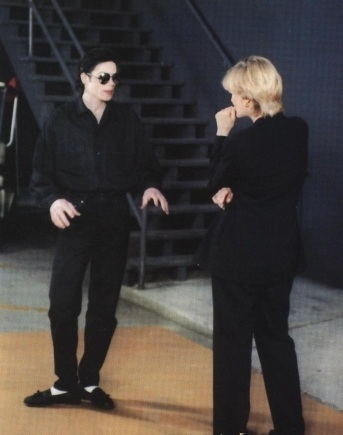 How old was Michael when Diane Sawyer interviewed him 1995?