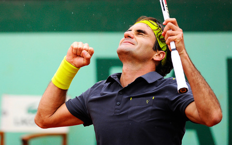 Federer becomes __________ in French Open 2012.