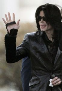 What´s the Name of the Family who falsely accused Michael of Child molestation in 2003?