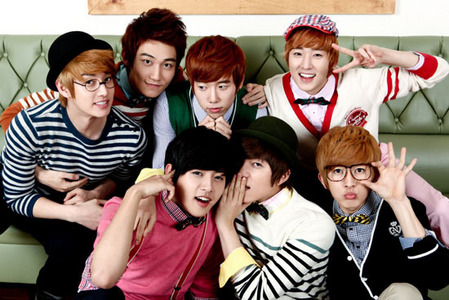 Out of these, who is Jenny's bias out of Boyband U-Kiss?
