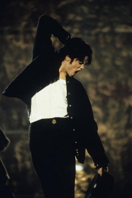 "Michael appeared in his música Video ""Cry""."