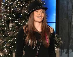 "When did Michael's daughter, Paris, make her solo guest appearance on ""The Ellen DeGeneres"" tunjuk"