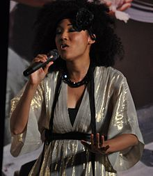 "Judith ہل, لندن was a featured backing vocalist and duet partner for Michael Jackson in his ill-fated ""This Is It"" tour"