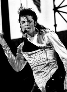 Michael sold lebih than 240,000,000 records around the globe with the combination of his solo work and earlier Motown and Epic releases