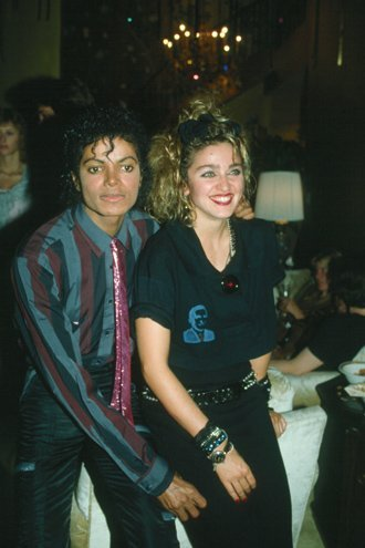 Who is this Woman siguiente to Michael?