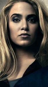 Who is stands to the left and right of Rosalie in this poster for Eclipse?