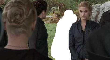 Who is Rosalie, and the rest of the Cullen's, defending?