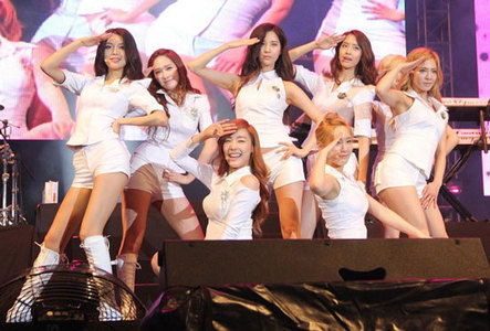 How many times did snsd had their concert in Malaysia???