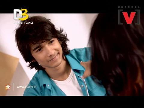 whats is  favourite colour of shantanu(swayam)