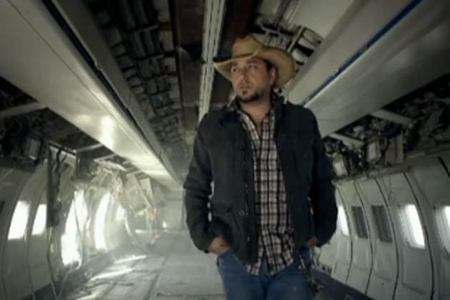 What Jason Aldean music video is this picture from?