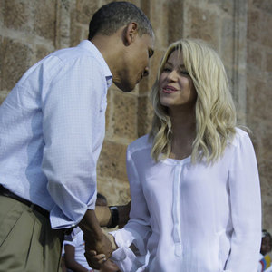 Shakira was invited to the Oval Office by President Barack Obama in___witch year? to discuss early childhood development. 