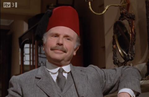 Which epsidoe does Watson wear a fez???