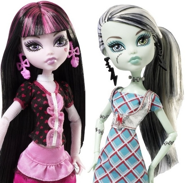 Monster High Frankie Stein ve Draculaura Monster High Frankie Stein And