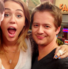 YAYYYY!!! NEW MILEY & JASON PICTURE!! KJCJKDSKFSHFJSD SmileyMiley216 photo
