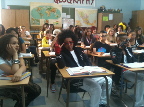 Princeton on the set of Mrs.Right