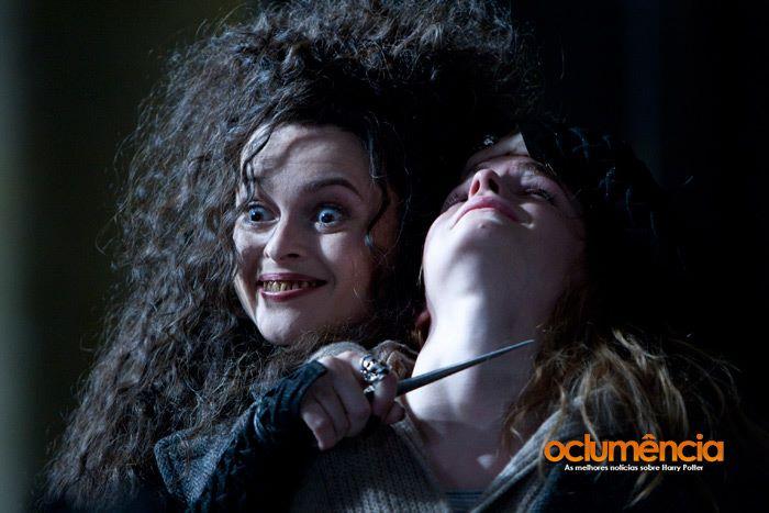 https://images5.fanpop.com/image/photos/24800000/Deathly-Hallows-Part-2-harry-potter-24894020-700-467.jpg