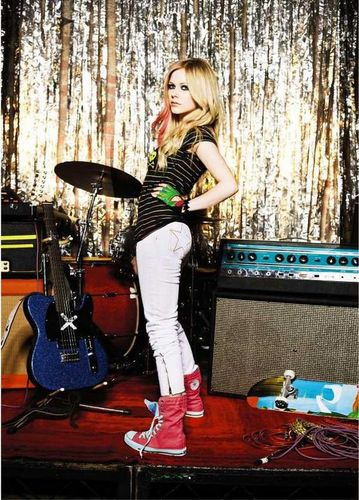 Avril Lavigne - Photoshoot
