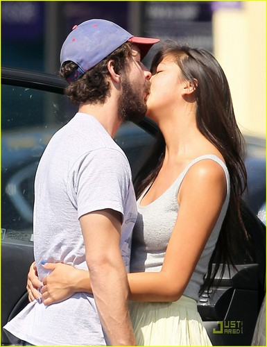 Shia LaBeouf & Karolyn Pho: PDA Pair