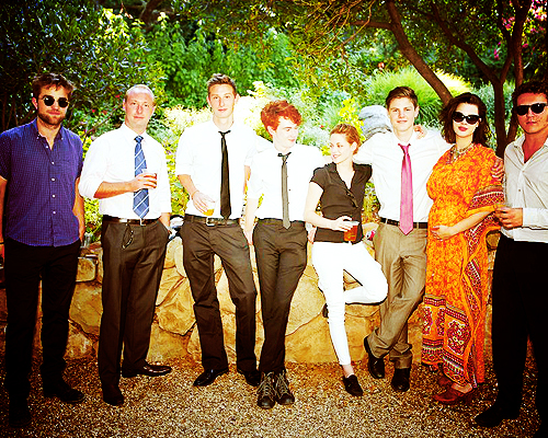 *NEW PICS* of Rob and Kristen at a wedding :)))
