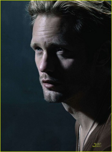 Alexander Skarsgard Covers 'Men's Journal' October 2011