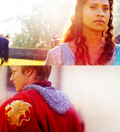 Arwen beautiful composition s4 shots