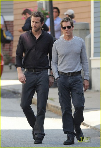 Ryan Reynolds Gets 'R.I.P.D.' With Kevin Bacon!