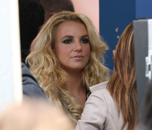 Britney - Музыка Video 'Criminal' - On the set... - September 2011