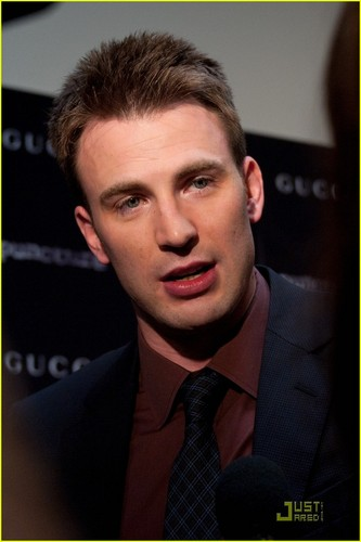 Chris Evans Premieres 'Puncture' in NYC