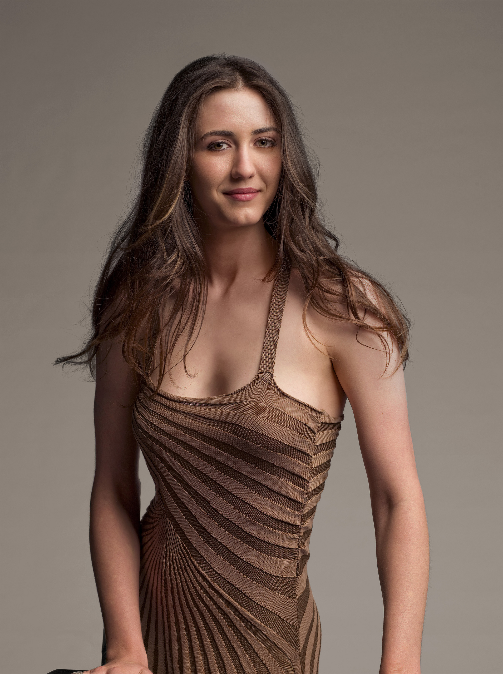 Madeline Zima as Mia Lewis