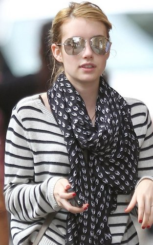 Emma Roberts out house hunting in the trendy SoHo section of New York City (September 22).