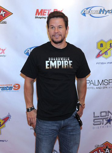 September 17 2011 - Mark Wahlberg Hosts Viewing Party At Palms Place Hotel And Spa