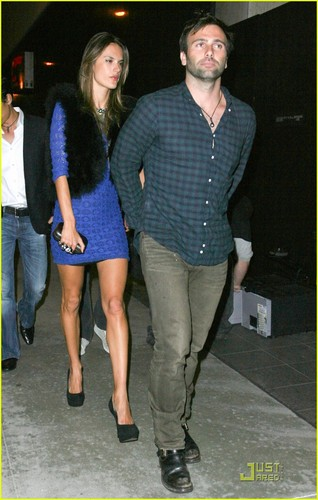 Alessandra Ambrosio and her husband Jamie Mazur make their way into Trousdale nightclub on Saturday