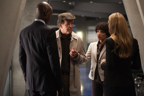 Fringe- Innovation Promo Stills