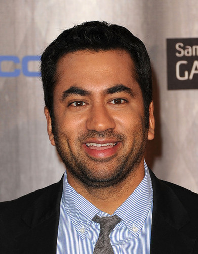 Kal Penn Arriving @ the 2011 Spike TV Scream Awards