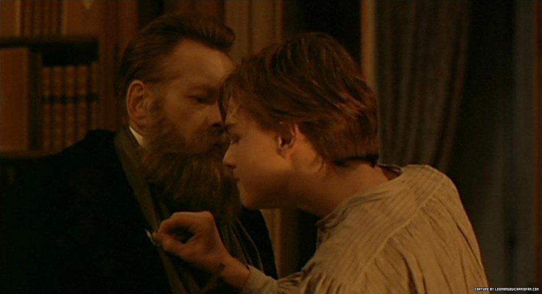 http://images5.fanpop.com/image/photos/26000000/Leo-as-Arthur-Rimbaud-in-Total-Eclipse-leonardo-dicaprio-26095950-1066-580.jpg