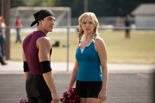 3.06 Smells Like Teen Spirit - Tyler & Caroline
