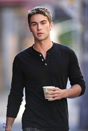 Nate - Gossip Girl - Behind the Scenes - August 30, 2011