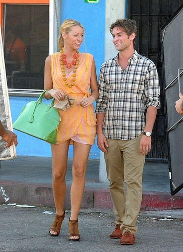 Nate - Gossip Girl - Behind the Scenes, Venice CA - August 04, 2011
